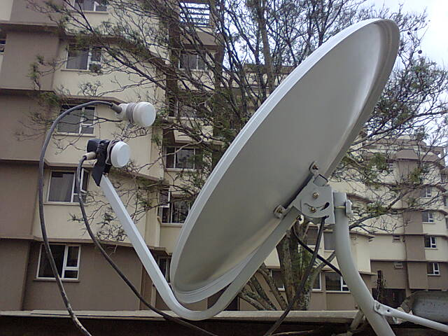 Combining Eutelsat 7A, SES5 and Amos 5 on one 65cm dish