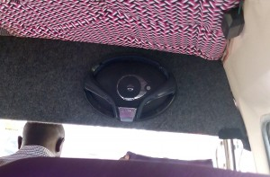 kenwood-speaker-in-a-kenyan-matatu