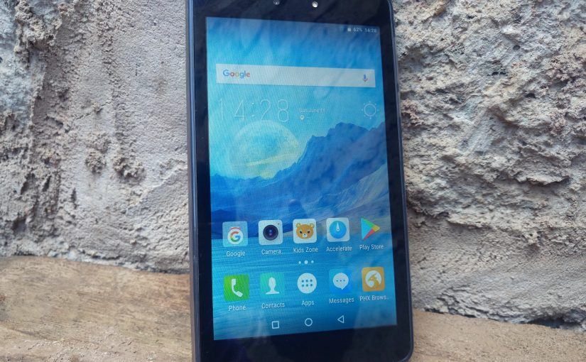 The TECNO DroidPad 7D Review, Comfortable To Hold and More