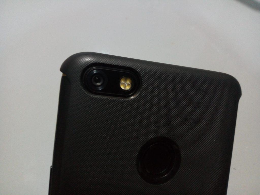 tecno-camon-x-pro-camera-flash