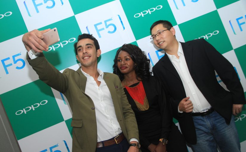 OPPO Launches 6.0 Inch Screen F5, Selfie Expert